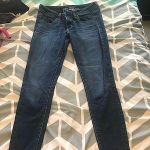 American Eagle Skinny Jeans Size 6 Average